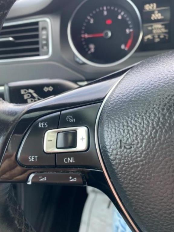 Volkswagen Jetta 15