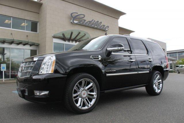 Cadillac escalade 2013 occasion vendre le roi du camion for Escalade interieur quebec