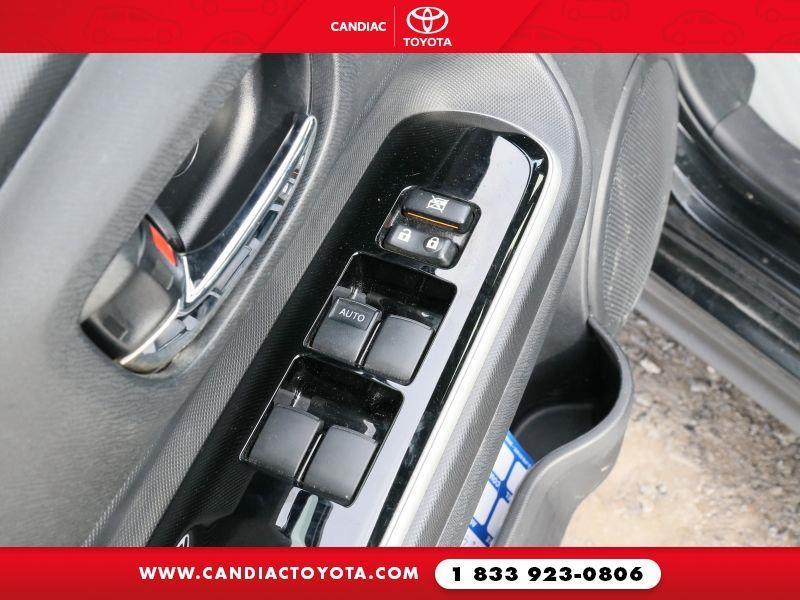 toyota Prius c 2018 - 16