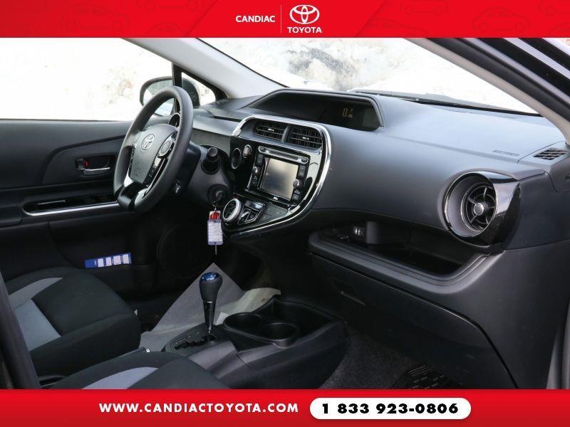 toyota Prius c 2018 - 29