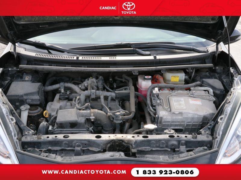 toyota Prius c 2018 - 33