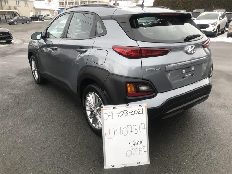 Hyundai Kona 54