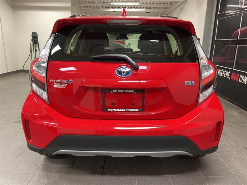 toyota Prius c 2018 - 5