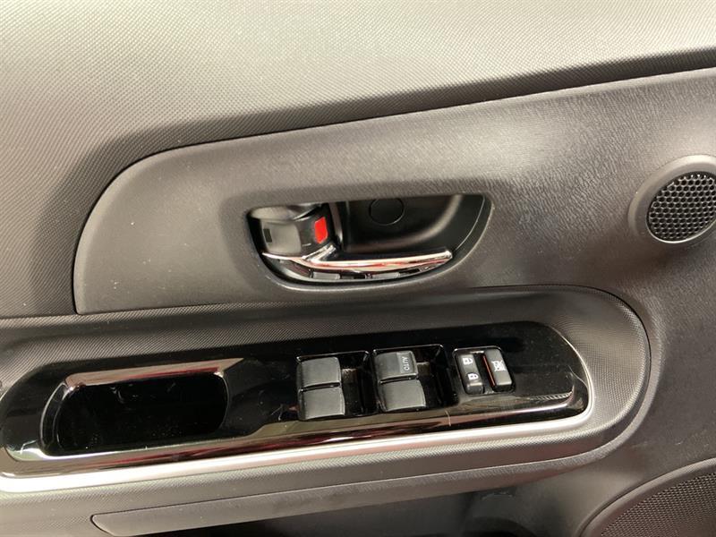 toyota Prius c 2018 - 11