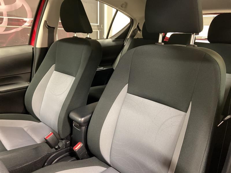 toyota Prius c 2018 - 12