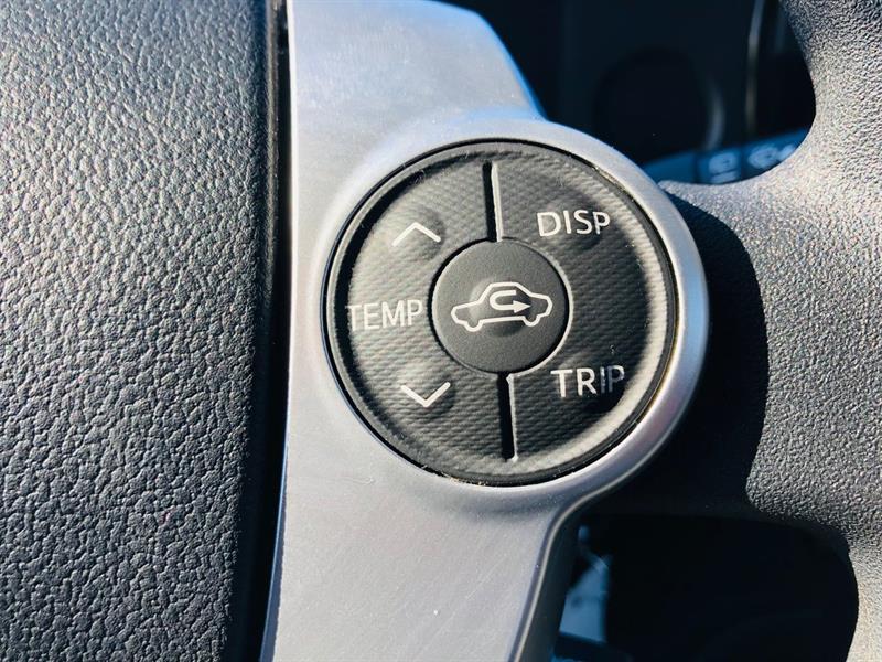 toyota Prius c 2017 - 21