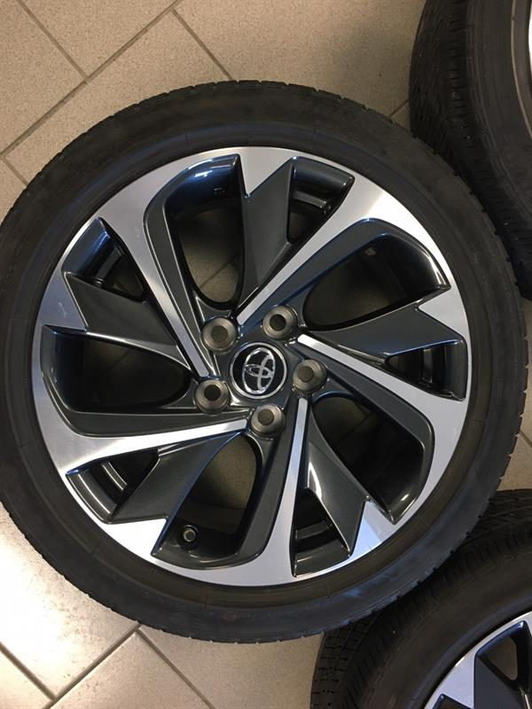 Toyota Corolla iM 2