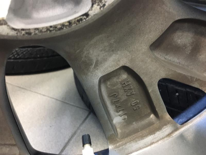 Toyota Corolla iM 12