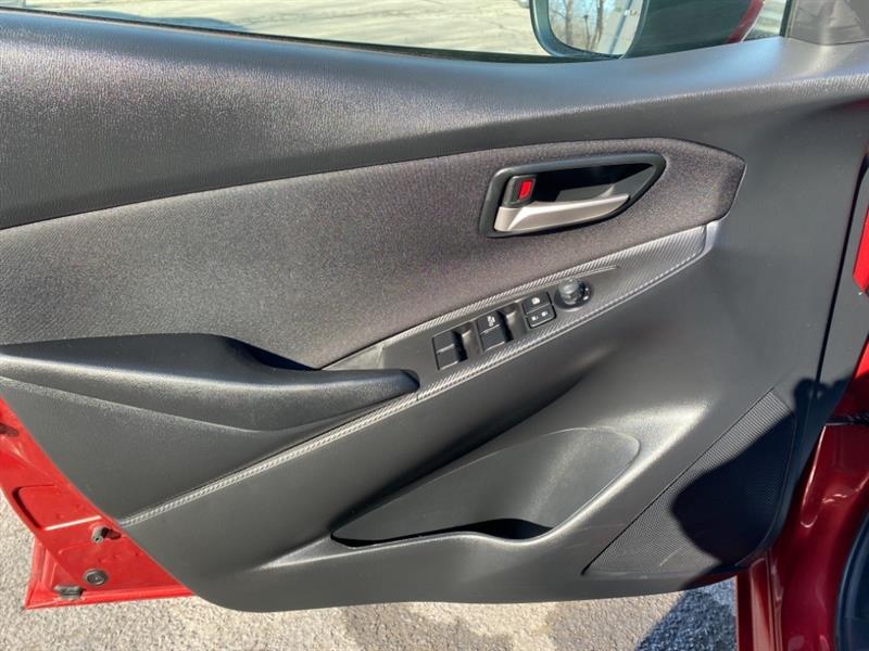 toyota Yaris Hatchback 2020 - 11