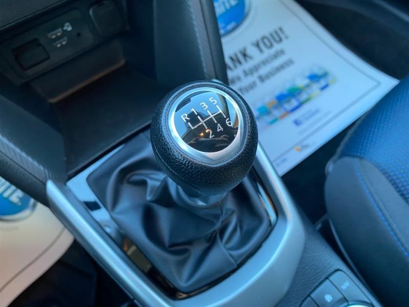 toyota Yaris Hatchback 2020 - 13
