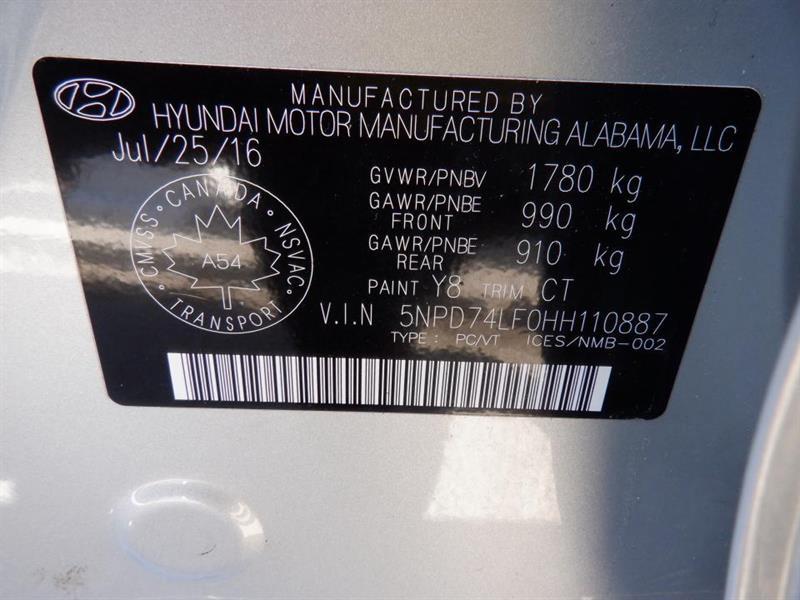 Hyundai Elantra 32