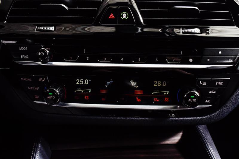 BMW 5 Series 32