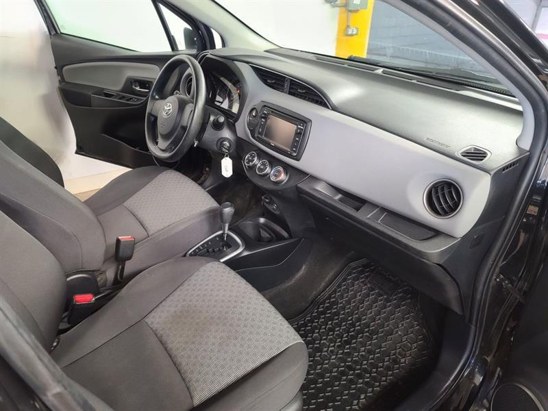 toyota Yaris Hatchback 2015 - 11