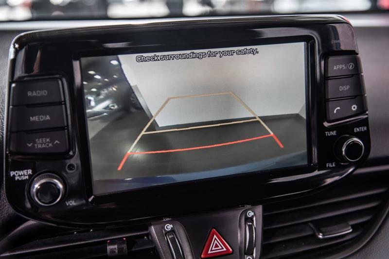 Hyundai Elantra GT 17