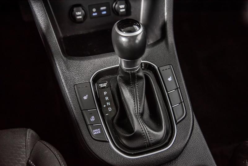Hyundai Elantra GT 20
