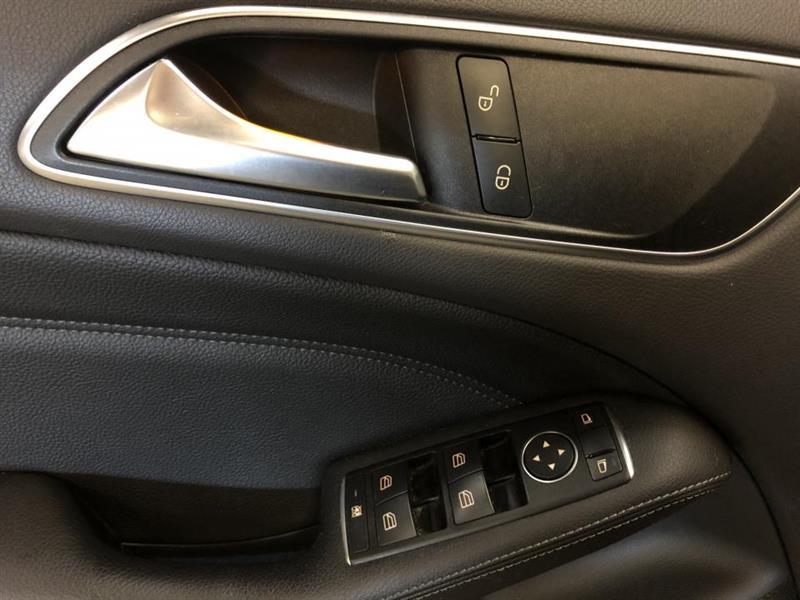 Mercedes-Benz B250 14