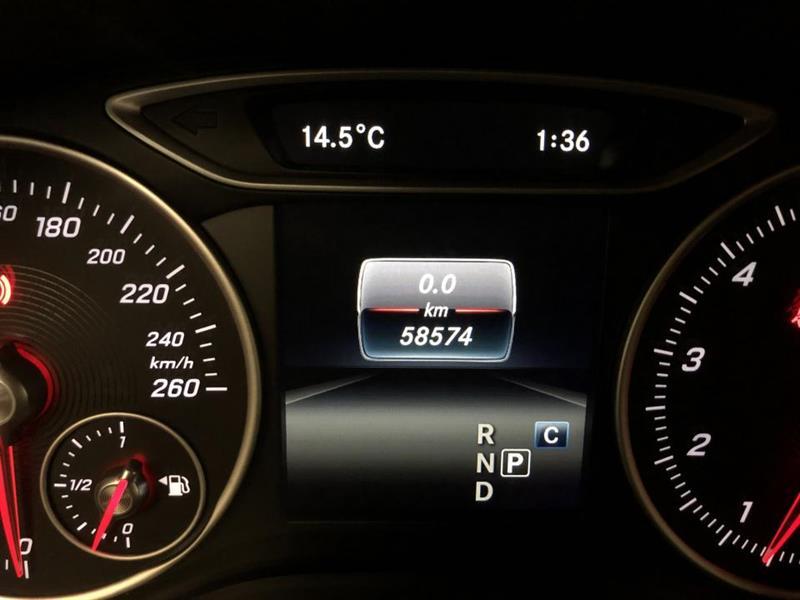 Mercedes-Benz B250 23