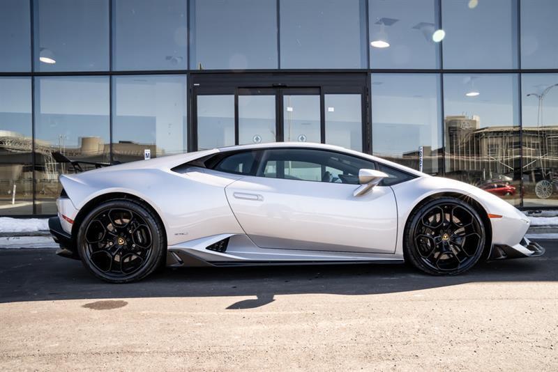 Lamborghini Huracán 7