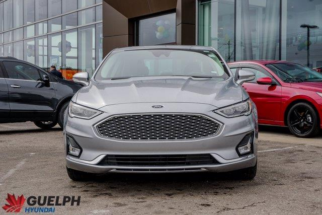 Ford Fusion  2