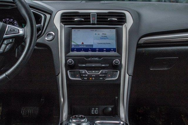 Ford Fusion  20