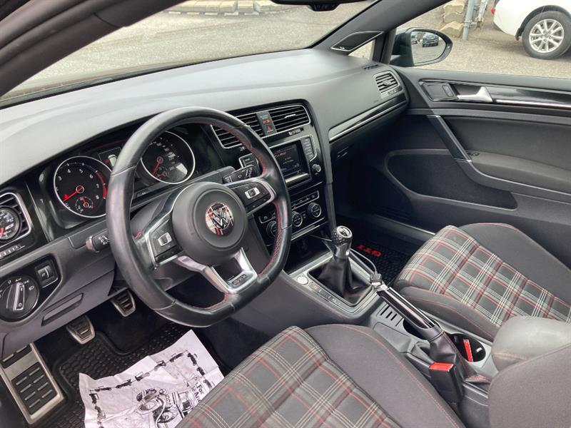 Volkswagen GTI 32