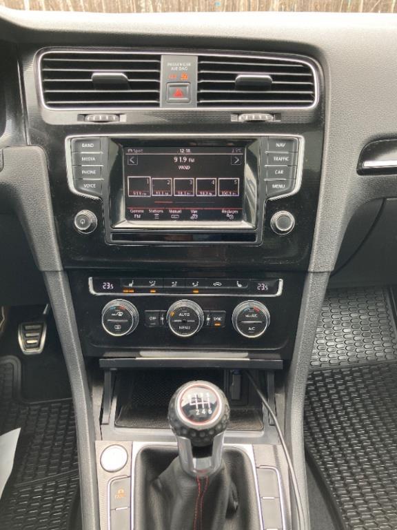 Volkswagen GTI 44