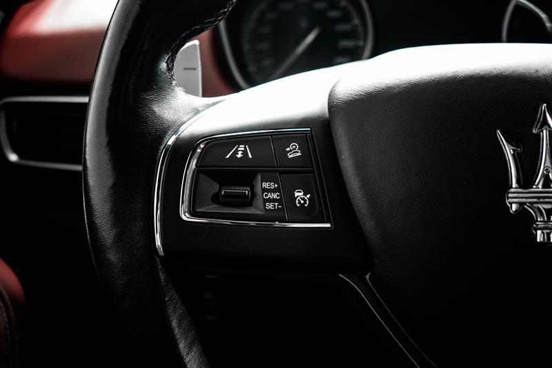 Maserati Levante 22