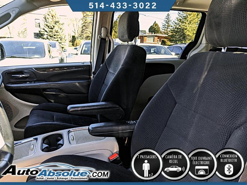 Chrysler Town and Country 7