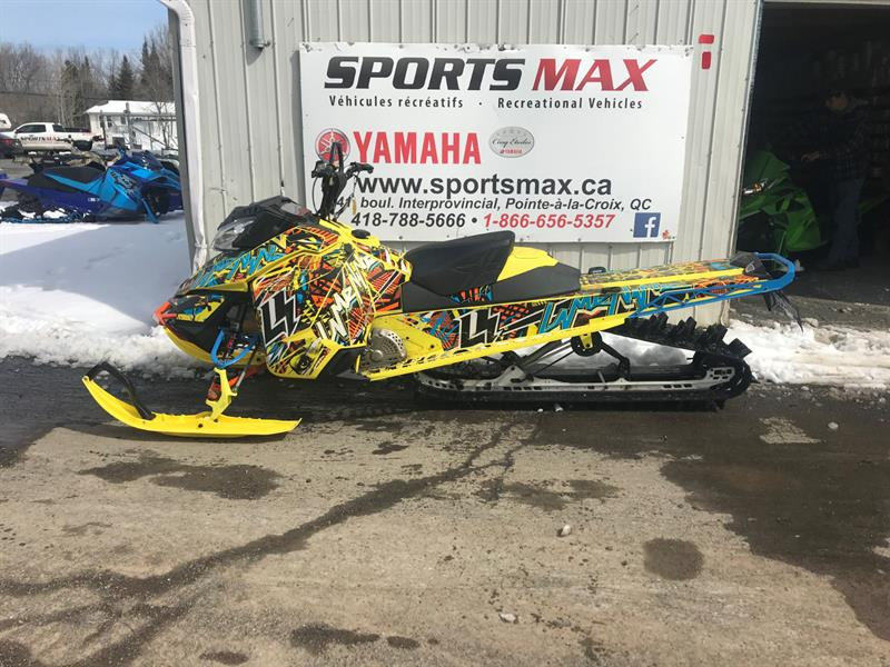 2015 Ski-Doo Summit