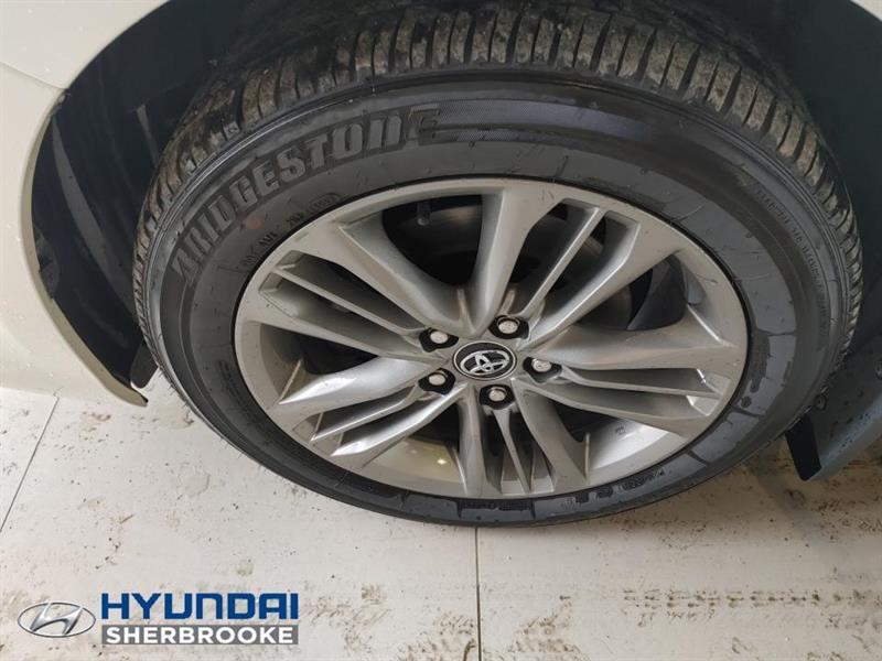toyota Camry Hybrid 2017 - 9