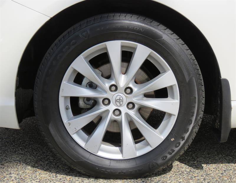 Toyota Venza 20