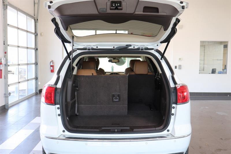 Buick Enclave 26