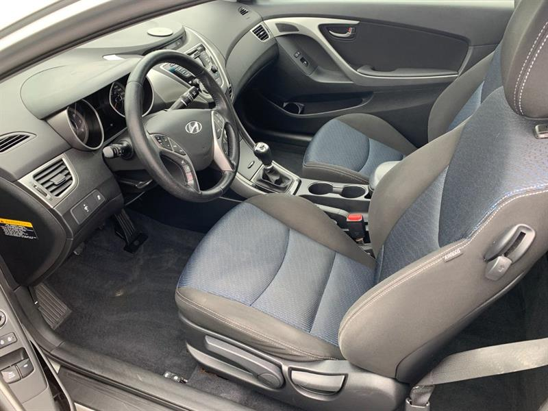Hyundai Elantra Coupe 7