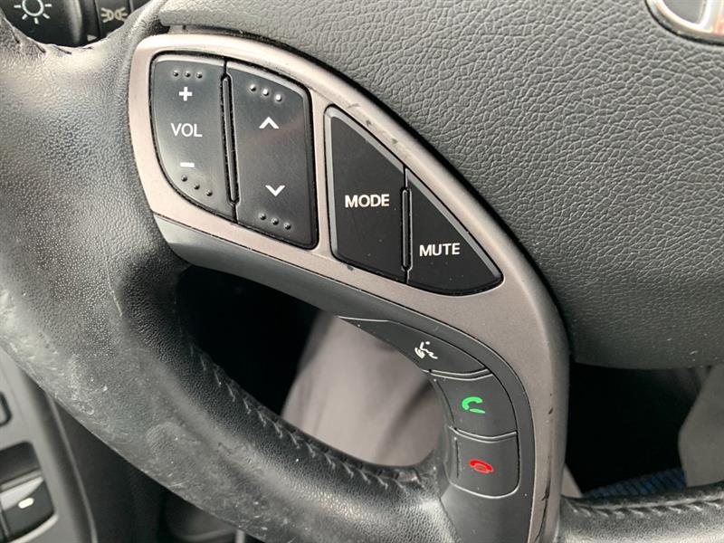 Hyundai Elantra Coupe 14