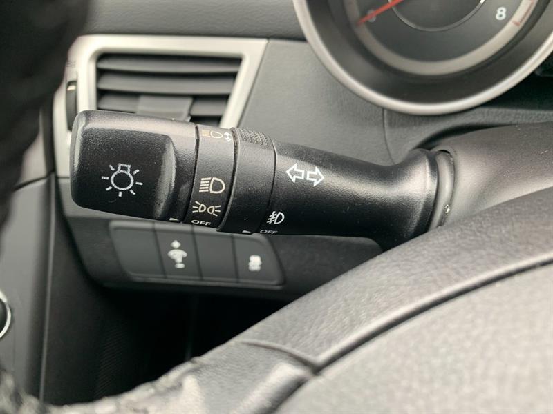 Hyundai Elantra Coupe 15