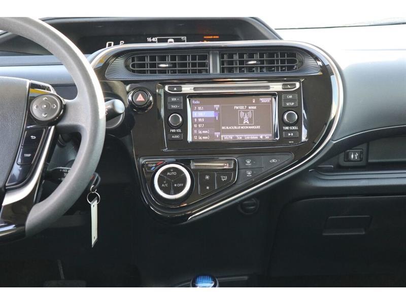 Toyota Prius C 26