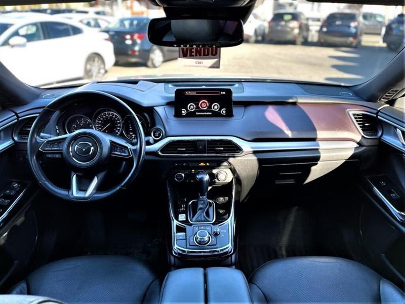 Mazda CX-9 11