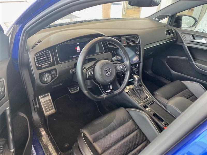 Volkswagen Golf R 10