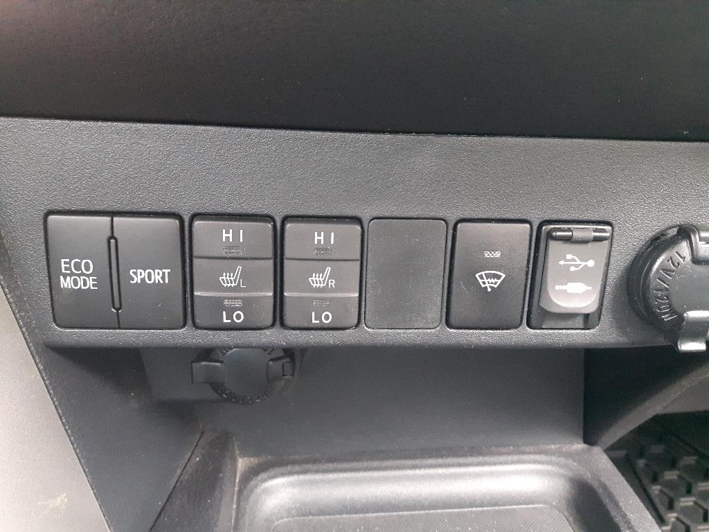 Toyota RAV4 33