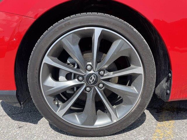 Hyundai Veloster 5