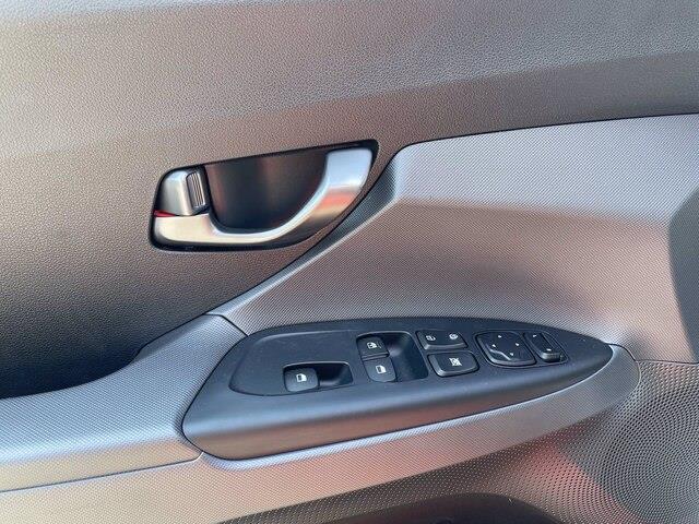 Hyundai Veloster 17