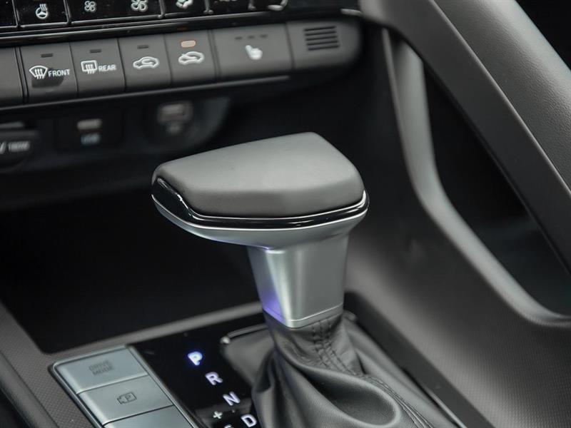 Hyundai Elantra 17
