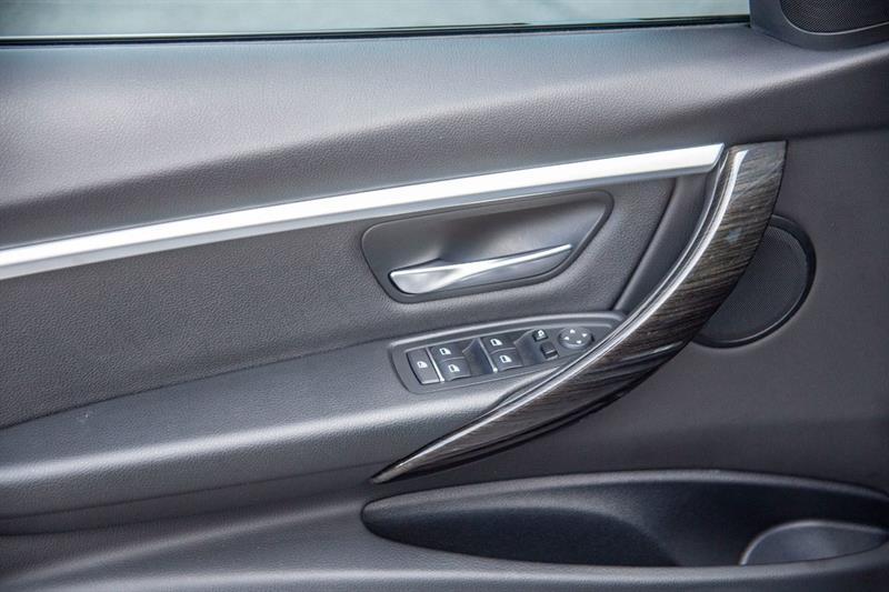 BMW 3 Series 25