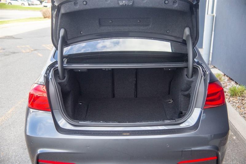 BMW 3 Series 30