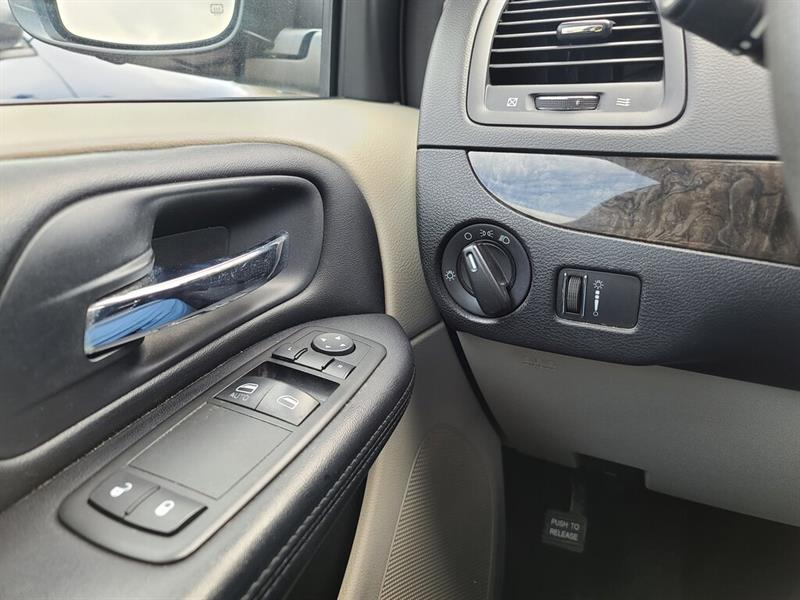 Dodge Caravan 7
