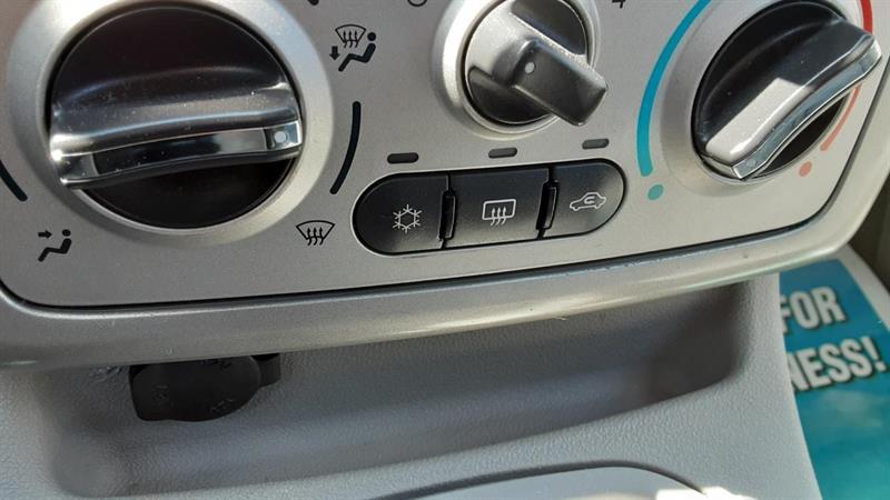 Pontiac G5 10