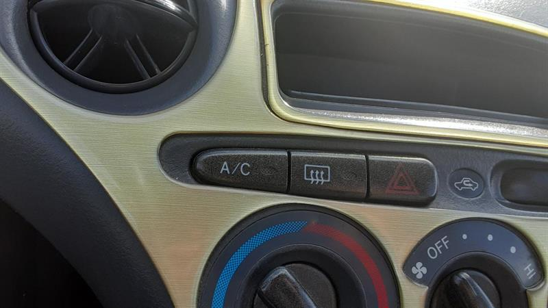 Toyota Echo 11