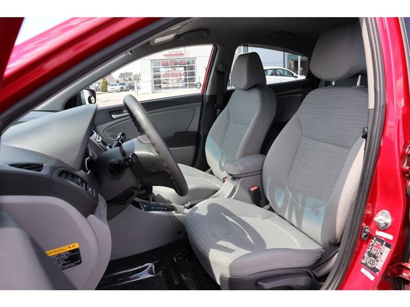 Hyundai Accent 16