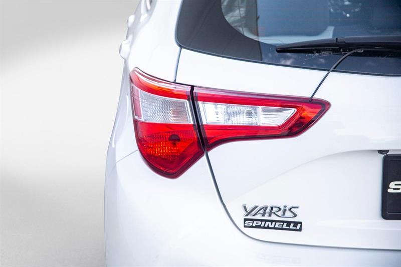 toyota Yaris Hatchback 2018 - 27