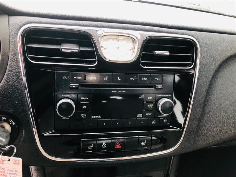 Chrysler 200 22
